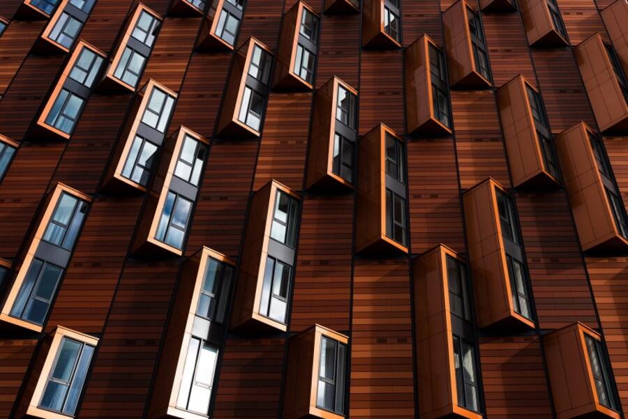 Πολλά παράθυρα από ξύλο